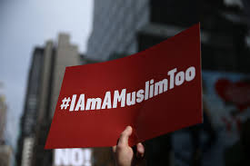 Thousands chant 'I am a Muslim' in New York