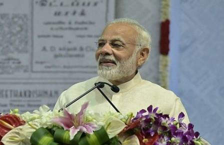 India is more than just us politicians: PM Modi