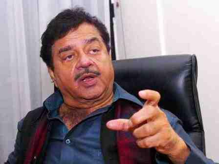 BJP's Shatrughan Sinha deplores PM's choice of words