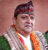 Nepal Monarch visits for traditional Puja