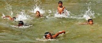Swimming lessons as Bihar Disaster Management Strategy