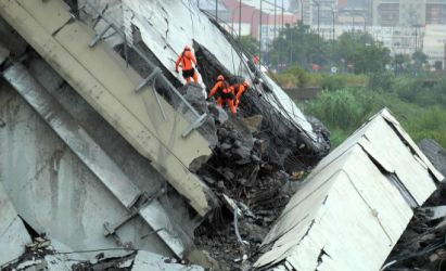 Rescuers still at work on Genoa Bridge Fall