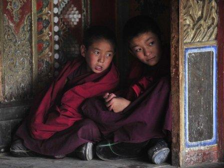 China bans teaching in Tibetan Monasteries